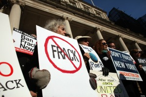 Opponents of hydraulic fracturing in New York state attend a news conference and rally against fracking 11 Jan 2012 in New York City. (photo: Spencer Platt/Getty Images)