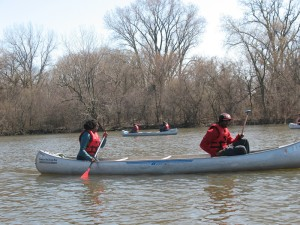 SUST students and Growing Power / Chicago Lights youth interns canoe the Skokie Lagoons with Friends of the Chicago River, April 2013 (M. Bryson