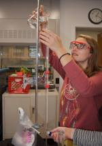 RU student and SUST major Emily Rhea works in the chemistry lab at Columbia College on a Microcosm ocean acidification experiment, Nov. 2014 (photo: M. Hoffman)