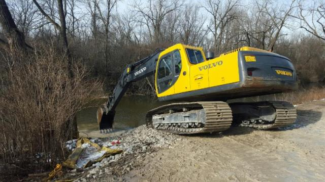 Removal of the Winnetka Road dam will help reconnect Illinois' waterways.